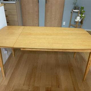 ニトリ - 伸縮性ニトリダイニングテーブル 120〜160