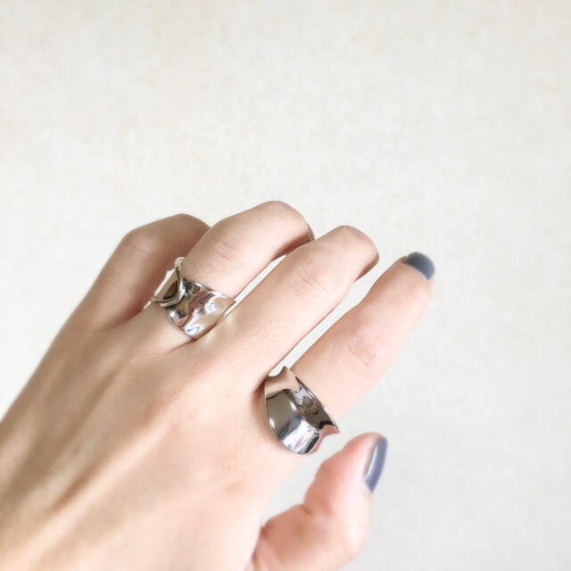 シルバーリング  レディースのアクセサリー(リング(指輪))の商品写真