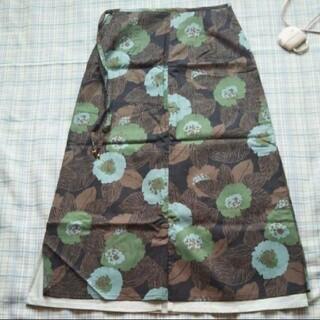 フェリシモ(FELISSIMO)のロングスカート 緑系 フェリシモ(ロングスカート)