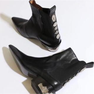トーガ(TOGA)のバックメタルサイドゴアブーツ (ブーツ)