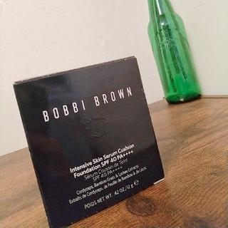 ボビイブラウン(BOBBI BROWN)のBOBBI BROWN 美容成分スキンセラムクッションファンデ リフィル 新品 (ファンデーション)