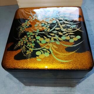 色絵彩磁 三段重箱(食器)