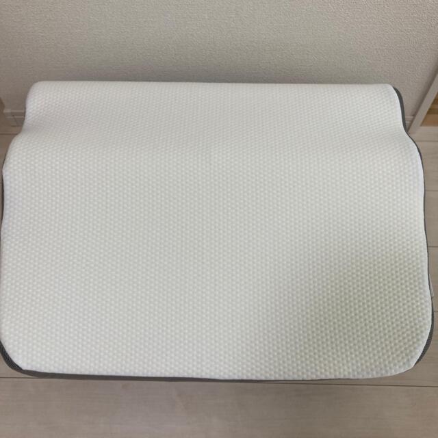 ニトリ(ニトリ)のニトリ 枕 肩・首・背中も支えるまくら 肩こり ストレートネック インテリア/住まい/日用品の寝具(枕)の商品写真