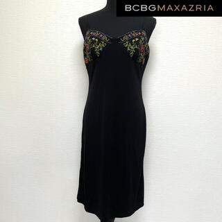ビーシービージーマックスアズリア(BCBGMAXAZRIA)のBCBG MAXAZRIA キャミソール ワンピース L ブラック 黒 刺繍(ひざ丈ワンピース)