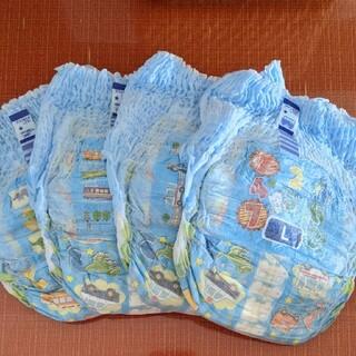 ユニチャーム(Unicharm)のトレパンマン トレーニング専用パンツ L 男の子用 4枚(トレーニングパンツ)
