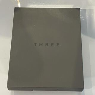 スリー(THREE)のTHREE シマリング グロー デュオ01(チーク)