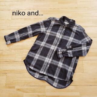 ニコアンド  襟ワイヤー入り長袖チェックシャツ サイズL