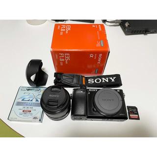 SONY - Sony a6000 + Sony SEL35f18