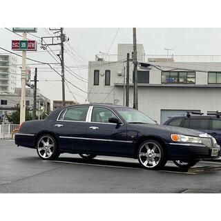 リンカーン タウンカー アメ車 カスタム 交換可能