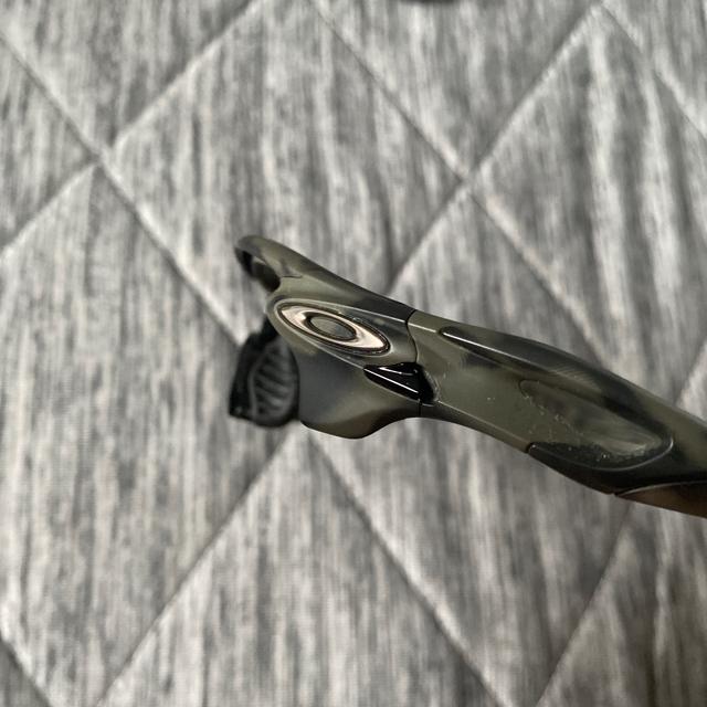 MIZUNO(ミズノ)のミズノプロ ウィンドブレーカージャケット  オークリー サングラス セット スポーツ/アウトドアの野球(ウェア)の商品写真