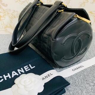 CHANEL - ✴︎美品 CHANEL * シャネル チョコバー デカココ 筒型 ミニボストン