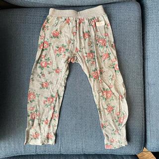 フタフタ(futafuta)のP.velle ☆グレー バラ柄 パンツ ズボン(パンツ/スパッツ)