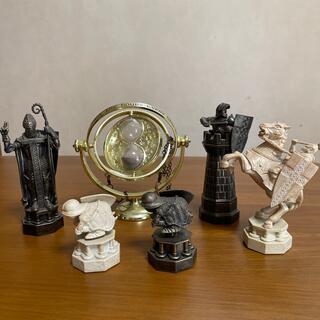 ハリーポッターのチェスコレクションの駒と逆転時計