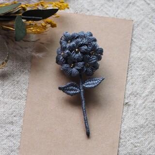 立体刺繍 ブローチ (小)