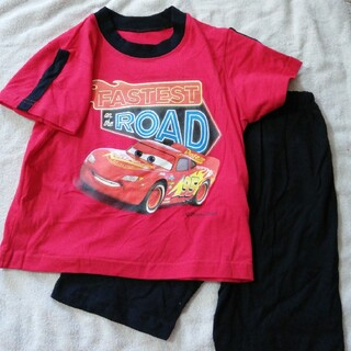 Disney - 新品 Disneyカーズ 綿100%赤色Tシャツ&黒色ズボンセット120cm