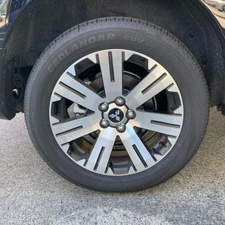 三菱デリカD5 純正タイヤホイール4本セット