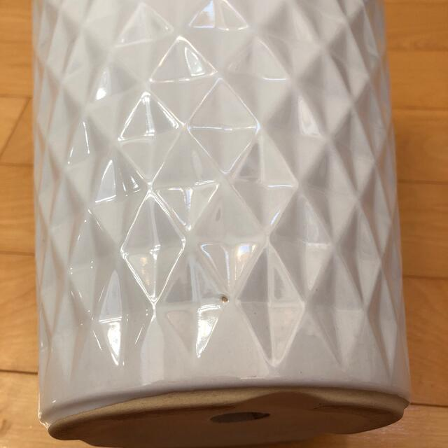 縦長植木鉢 白 2個セット 陶器 ダイヤ柄 ホワイト ハンドメイドのフラワー/ガーデン(プランター)の商品写真