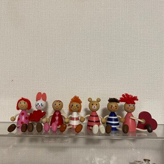 チェコの木の人形