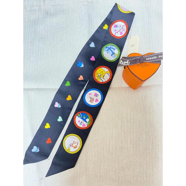 Hermes(エルメス)のエルメスHERMESティータイムツイリーハートボックス付き レディースのファッション小物(バンダナ/スカーフ)の商品写真