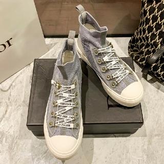 Dior - カジュアルなきれいな靴diorスニーカー