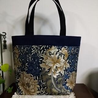 ウィリアムモリス クリサンティマム川島織物の大きなトートバッグ