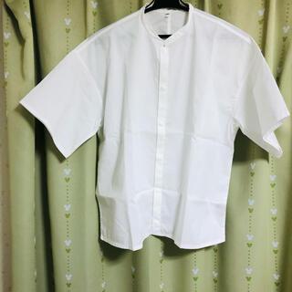 ムジルシリョウヒン(MUJI (無印良品))の綿混ストレッチ半袖スタンドカラーシャツ(欧米サイズ) 婦人XS~S・白(シャツ/ブラウス(半袖/袖なし))