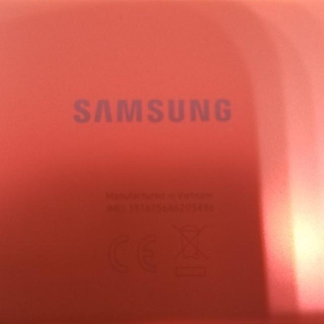Galaxy(ギャラクシー)のGalaxy S20 FE 5G クラウドホワイト 128 GB SIMフリー スマホ/家電/カメラのスマートフォン/携帯電話(スマートフォン本体)の商品写真