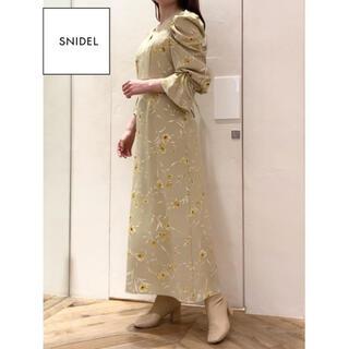 snidel - SNIDEL ★ パフスリーブプリントIラインワンピース