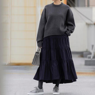 ドゥロワー(Drawer)の19時までに支払いで当日発送 she tokyo スカート ネイビー Lisa(ロングスカート)