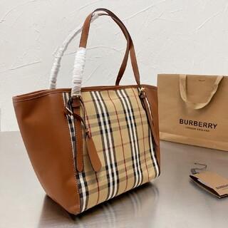 BURBERRY - 大人気Burberry のトートバッグ