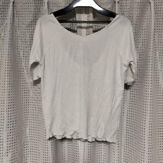 セシルマクビー(CECIL McBEE)のCECIL McBEE バックリボントップス(Tシャツ(半袖/袖なし))