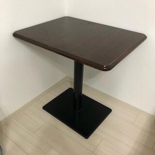 レトロ喫茶店のカフェテーブル ブラウン 店舗 什器
