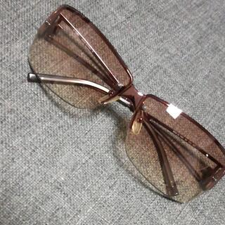 フェンディ(FENDI)の628 A 美品 FENDI フェンディ サングラス(サングラス/メガネ)