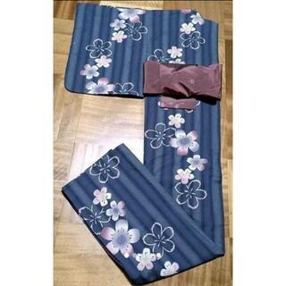 【週末限定大特価/極美品/オトナいい女浴衣!】ブルーグレー縦縞に桜