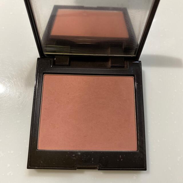 laura mercier(ローラメルシエ)のローラメルシエ ブラッシュカラーインフュージョン チャイ 06 コスメ/美容のベースメイク/化粧品(チーク)の商品写真