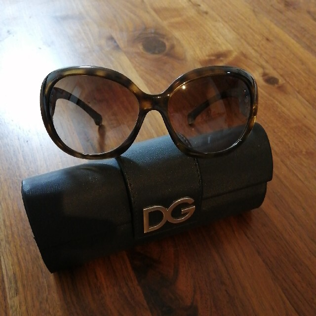 D&G(ディーアンドジー)のD&Gサングラス レディースのファッション小物(サングラス/メガネ)の商品写真