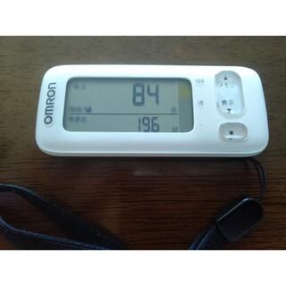 オムロン(OMRON)のオムロン 活動量計 万歩計   カロリスキャン HJA-404-W ホワイト (エクササイズ用品)