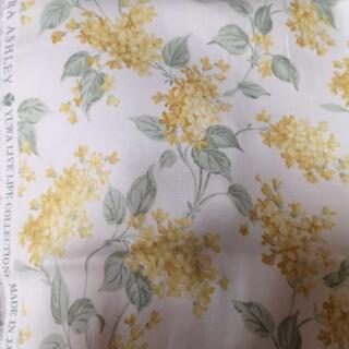 ローラアシュレイ(LAURA ASHLEY)のローラアシュレイ 生地 ツイル 花柄 YUWA 約110×50cm イエロー(生地/糸)