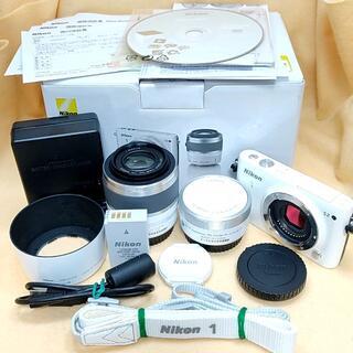 ニコン(Nikon)の★美品希少★ミラーレス Nikon 1 S2 ダブルズームキット ホワイト(ミラーレス一眼)