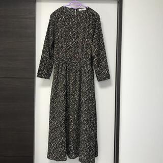 ショコラフィネローブ(chocol raffine robe)のchocol raffine robe 花柄ワンピース(ひざ丈ワンピース)