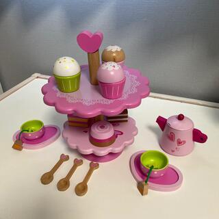 コストコ(コストコ)の木製 アフターヌーンティーセット おもちゃ おままごと(知育玩具)