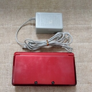 ニンテンドー3DS - Nintendo 3DS  本体フレアレッドと充電器とSDカード