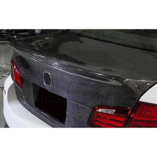 送料無料❗️カーボンシート 5D ドレスアップ カスタ 黒 diy キズ 傷  自動車/バイクの自動車(汎用パーツ)の商品写真