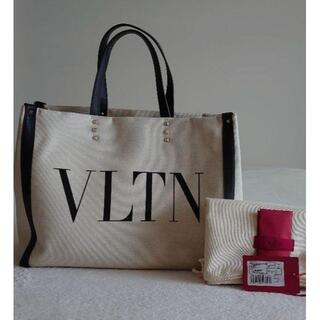 VALENTINO ロゴトートバッグ