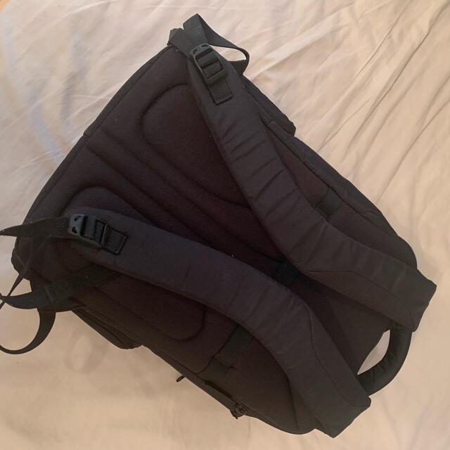 Manfrotto(マンフロット)のKataカメラリュック LPS-116DL スマホ/家電/カメラのカメラ(ケース/バッグ)の商品写真