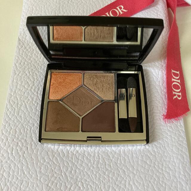 Dior(ディオール)のDior  アイシャドウ サンククルールクチュール 679 TRIBAL コスメ/美容のベースメイク/化粧品(アイシャドウ)の商品写真