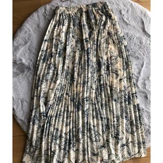 ヴィス(ViS)の花柄プリーツスカート(ロングスカート)