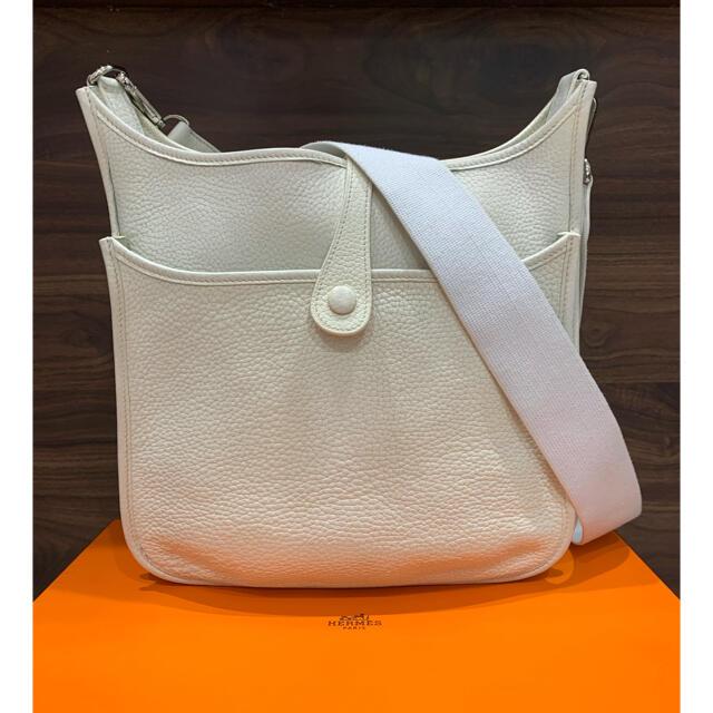 Hermes(エルメス)の美品 エルメス エブリンPM 2 ホワイト ショルダーバッグ 正規品 レディースのバッグ(ショルダーバッグ)の商品写真