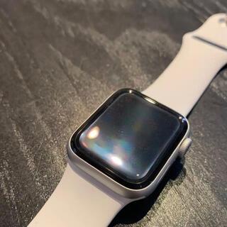 Apple - Apple Watch SE(GPS)40mmシルバーアルミニウムホワイトバンド