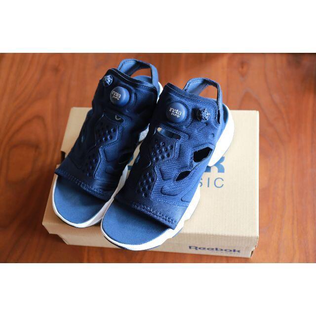 Reebok(リーボック)のReebok INSTAPUMP FURY SANDAL■25★1回使用♪美品 レディースの靴/シューズ(サンダル)の商品写真
